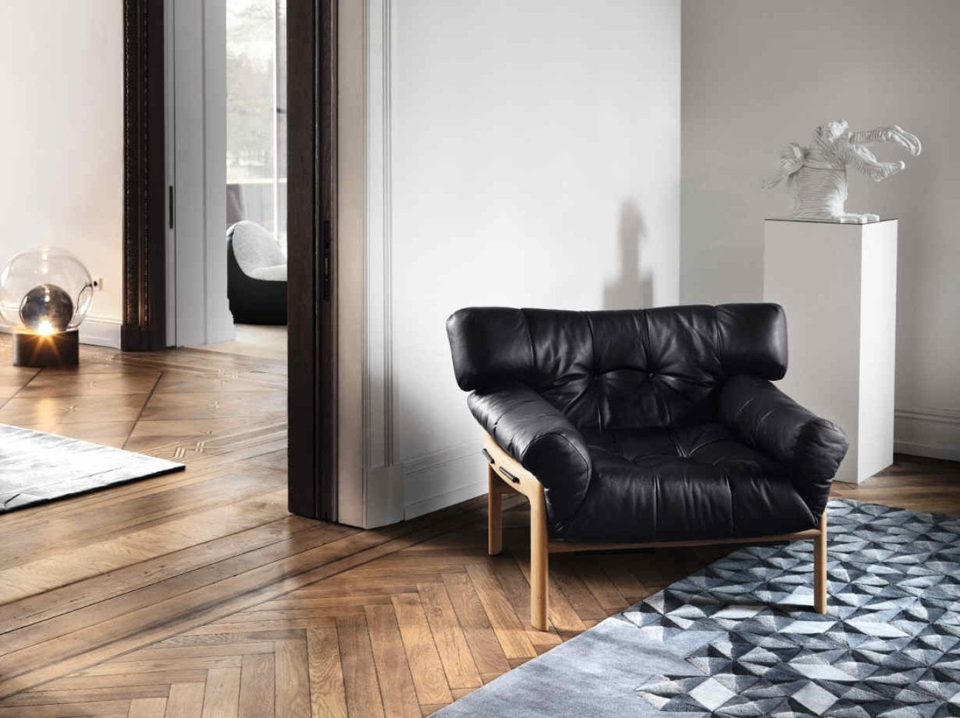R_Interieur_Nephele_black_1320x920
