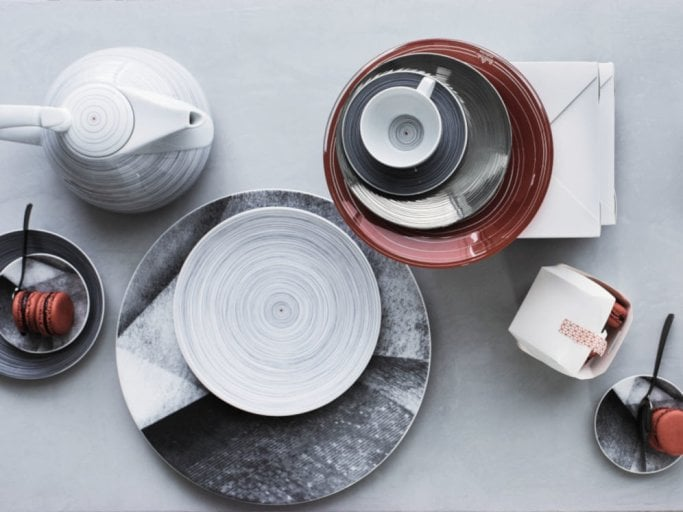 "- The TAC ""Stripes 2.0"" porcelain collection revives the ""Stripes"" decor designed by Gropius in 1969."